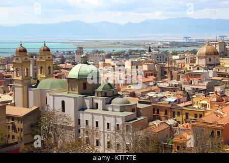La ville de Cagliari, Sardaigne, Italie Banque D'Images