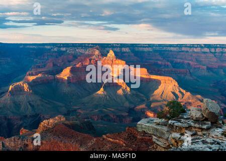 Coucher du soleil à Mère Point, Grand Canyon National Park, Phoenix, Arizona, USA Banque D'Images