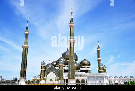 Matin voir de mosquée de cristal à Kuala Terengganu, Malaisie Banque D'Images