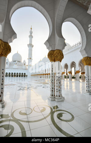 Grande Mosquée de Sheikh Zayed à Abu Dhabi Banque D'Images