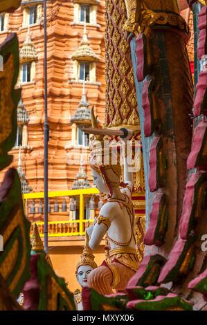 Wat Tham Seu ou Temple du Grand Bouddha. Kanchanaburi. Thaïlande Banque D'Images