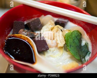 La Malaisie célèbre soupe curry noodle Banque D'Images