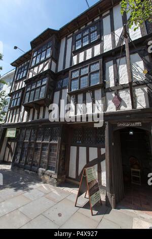 Ville de Canterbury, Angleterre. Vue pittoresque de la conquête historique maison, au numéro 17 de la rue du palais du roi du Canterbury sur mille. Banque D'Images