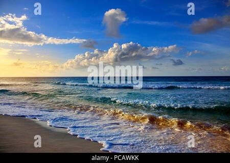 La Barbade. Saint Lawrence Gap. Dover Beach Banque D'Images