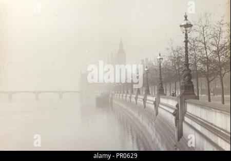Londres. Remblai; Frederick H. Evans, britannique, 1853 - 1943, 1908; Diapositive; 4,2 x 6,4 cm 1 x 9,16 11,16 2 en Banque D'Images