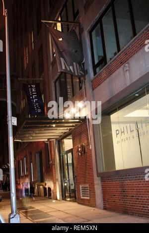 New York, NY - 14 novembre: (extérieur) au lancement de 'Tom Petty and the Heartbreakers Runnin' Down A Dream' dans les studios du lait le mercredi, Novembre 14, Banque D'Images