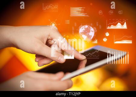 Hand holding tablet avec global business concept Banque D'Images