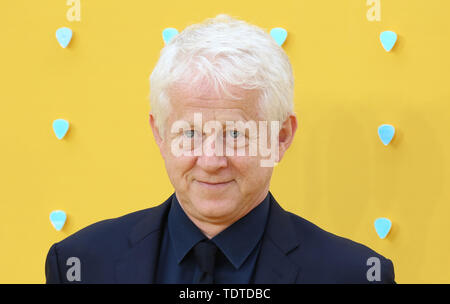 Richard Curtis, hier - UK Premiere, Leicester Square, Londres, Royaume-Uni, 18 juin 2019, photo de Richard Goldschmidt Banque D'Images