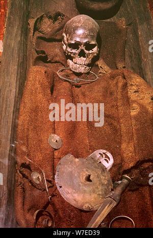 Début de l'âge du bronze à partir de l'inhumation de la tourbière au Danemark, 16ème siècle. Artiste: Inconnu Banque D'Images