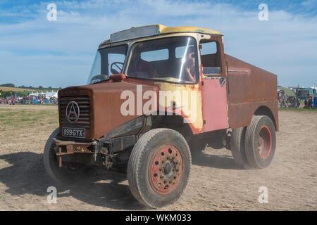 Blandford Dorset.forum.Royaume-Uni.24 août 2019.Un vintage camion roulant à la grande foire de vapeur Dorset Banque D'Images