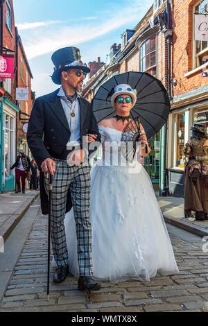 Lincoln, Lincolnshire, Angleterre, Royaume-Uni, le plus grand Festival Steampunk asile sur la terre a lieu dans la ville de Lincoln Banque D'Images