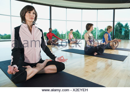 Lotus yoga pose Banque D'Images