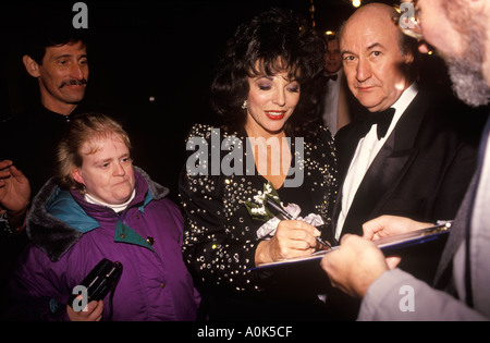 Joan Collins film actress Birmingham England Circa 1995 HOMER SYKES Banque D'Images