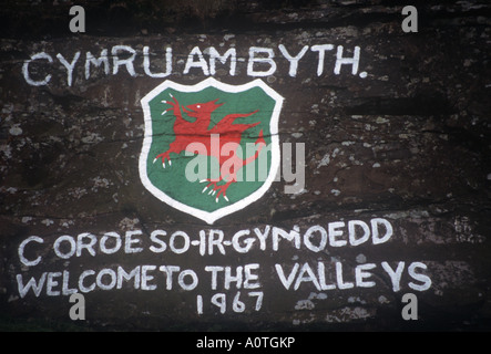 Bienvenue au Pays de Galles Grafitti Nant y Moel Rhondda Valley South Wales Banque D'Images