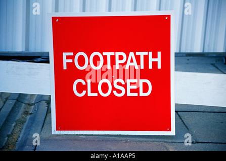 Sentier closed sign