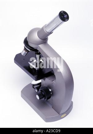 Un microscope optique Banque D'Images