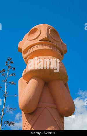 Statue à l'extérieur du village indien Taïno de reproduction, Chorro de Maita, Banes, près de Guardalavaca, Holguin, Banque D'Images