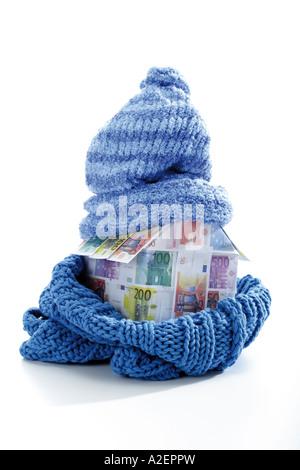 Chambre des billets enveloppé dans foulard et cap Banque D'Images
