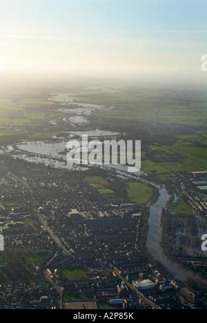 Rivière Ouse au sud de York en janvier 2007, inondation, Yorkshire du Nord Banque D'Images