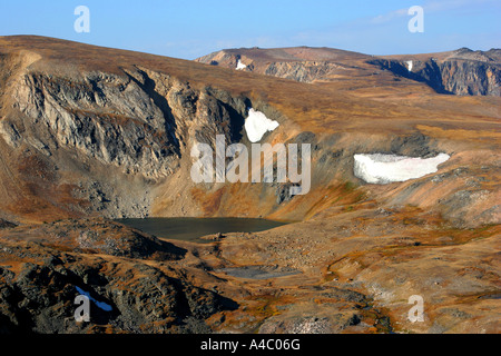 Champs de neige sur le plateau de Beartooth, Wyoming