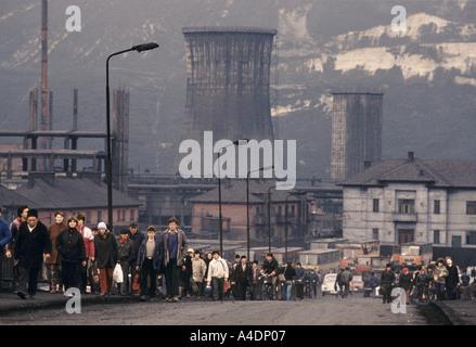 La pollution par le carbone, le plomb et le zinc des usines à Copsa Mica, Roumanie Banque D'Images