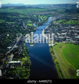 Rivière Tay Perth Scotland vue aérienne Banque D'Images
