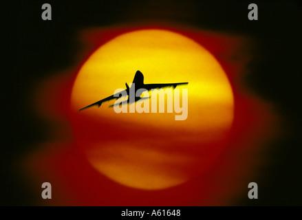 Coucher de soleil en avion Banque D'Images