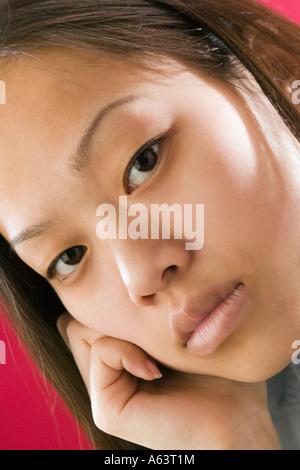 Portrait of young Asian woman Banque D'Images