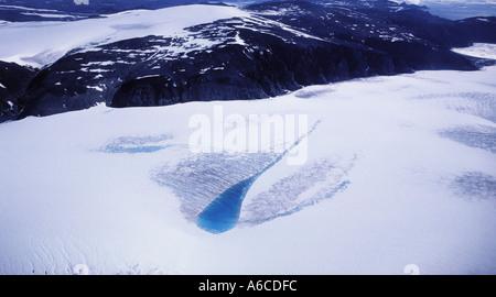 Lac de fonte à la surface du Glacier Pituffik Thule Greenland Banque D'Images