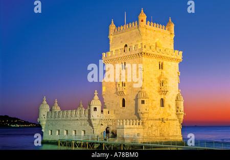 Tour de Belem par nuit, Belem Lisbonne Portugal Banque D'Images