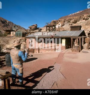 Calico Ghost Town, une ancienne ville minière d'argent, Yermo, California, USA Banque D'Images