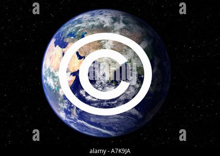 Image concept de la conscience de conscience de symbole de copyright utilisées actuellement pour lutter contre le piratage.