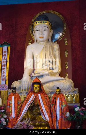Salle du Bouddha de Jade, le temple de Jing'an, à Shanghai Banque D'Images