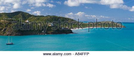 Vue panoramique sur la plage de Galley Bay avec la location à l'étranger, Antigua, Iles sous le vent, des Caraïbes Banque D'Images