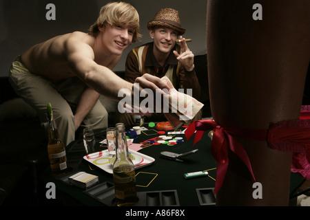 strip poker jouer