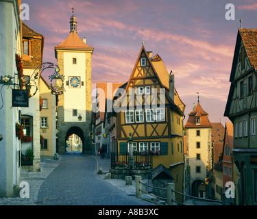 DE - La Bavière: Ploenplein à Rothenburg ob der Tauber Banque D'Images