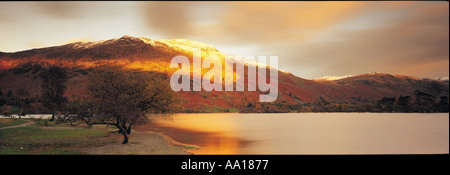 Coucher de soleil sur Ullswater dans le Lake District UK Banque D'Images