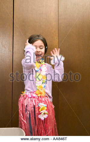 Young Girl listening to headphones Banque D'Images
