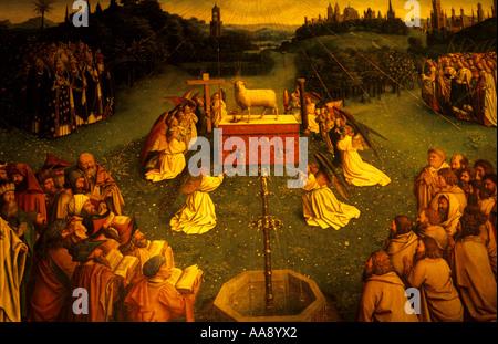 L'Adoration de l'agneau f par Hubert van Eyck Jan van Eyck et de la cathédrale St Bavon à Gand Flandre Belgique Banque D'Images