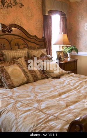 Lit avec oreillers dans la chambre, Close Up Detail, USA Banque D'Images