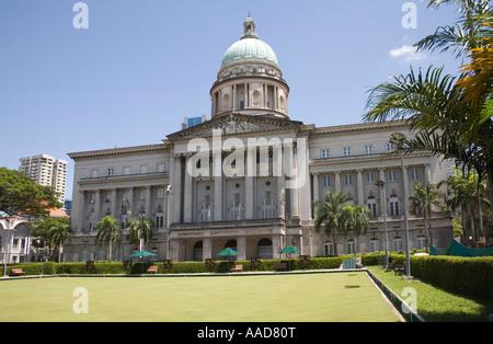 La ville de Singapour l'Asie peut à l'ensemble de la Bowling Green en direction de l'Hôtel de ville se trouve dans Banque D'Images