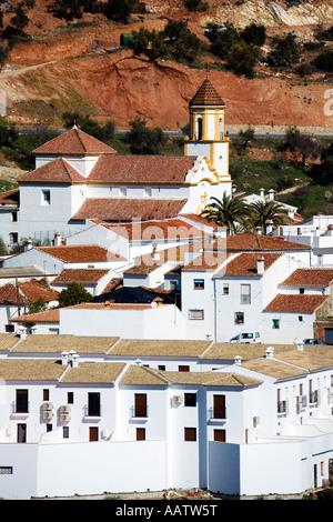 Un Atajate hill village blanc andalousie Province Ronda Espagne Banque D'Images