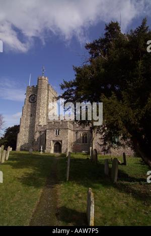 L'église St Mary diocèse de Canterbury dans le 15e siècle l'attrayant village de Chilham Angleterre Kent