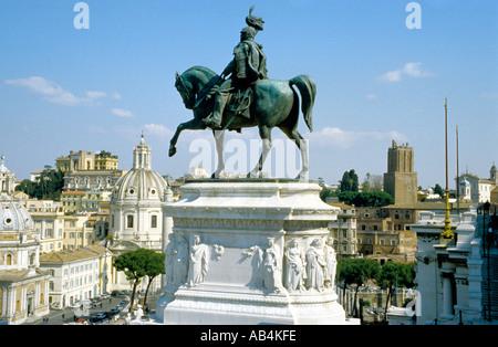 Italie Rome Le monument Victor Emmanuel aka Monument, un monument au roi Victor Emmanuel II de Savoie sur la Piazza Banque D'Images