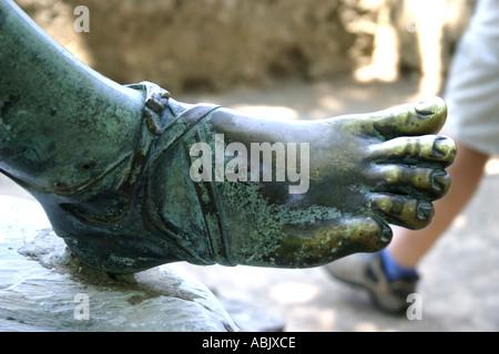 Statue de Ravello Villa Cimbrone Bronze et balades à pied de l'autre direction Côte Amalfitaine Italie Europe