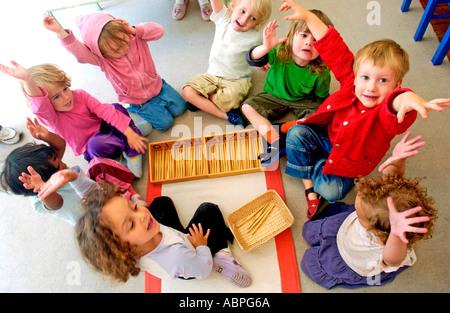 L'école Maternelle Montessori pour les enfants âgés de 3 à 6 ans