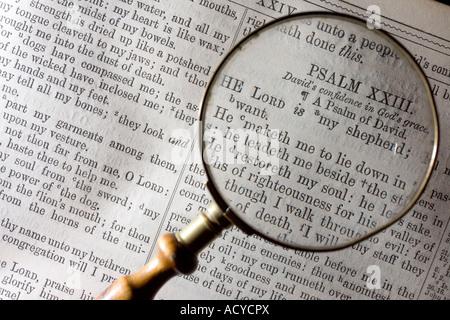 À la loupe à vingt troisième psaume 23 dans la bible