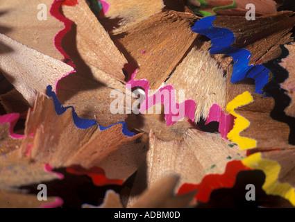 Un gros plan de copeaux de crayon Banque D'Images
