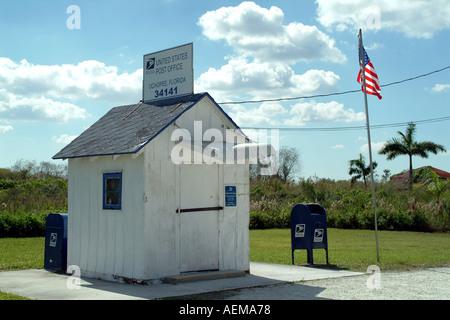 US Mail Plus ancien bureau de poste de USA situé sur le Tamiami Trail à Ochopee dans les Everglades de Floride du Banque D'Images