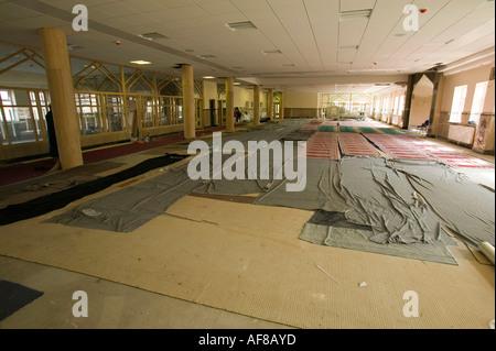 L'intérieur d'une nouvelle mosquée en construction à Blackburn, lancashire, UK Banque D'Images